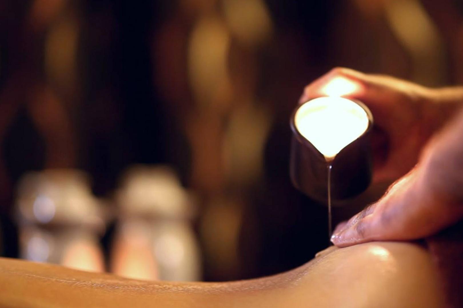 Masaż Relaksacyjny całego ciała ciepłym olejem z płonącej świecy 90 minut - dla dwojga