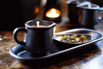Masaż Relaksacyjny ciepłym olejem z płonącej świecy 90 minut - dla niego